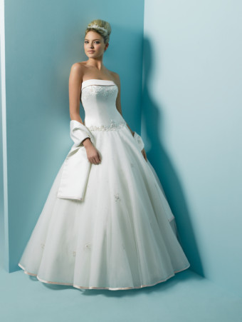 Alfred Angelo 2010 wedding dress