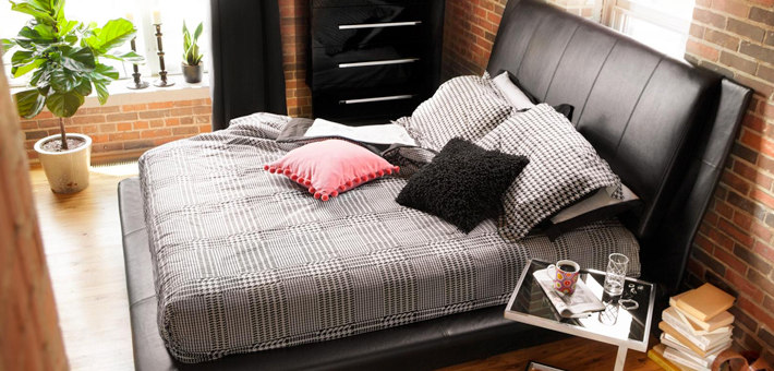 queen beds from Value City Furniture