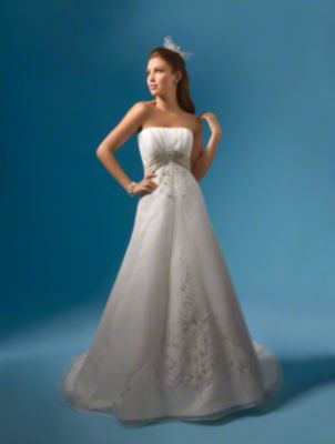 Style 2086 from Alfred Angelo - Front