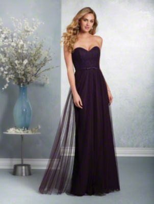 A long, classic bridesmaid dress with a strapless, sweetheart neckline, banded natural waist, and fluted skirt.