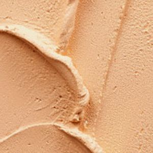 SPF Foundation: Nc15 MAC Pro Longwear SPF 20 Compact Foundation