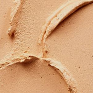 SPF Foundation: Nc25 MAC Pro Longwear SPF 20 Compact Foundation