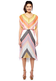 Vince Camuto Sleeveless Blouson Printed Dress