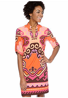 Donna Morgan Three-Quarter Sleeved Printed Shift Dress