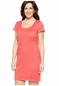 Ronni Nicole Cap-Sleeved Stretch Lace Dress