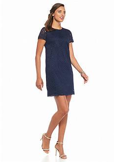 Maggy London Novelty Circle Lace Shift Dress