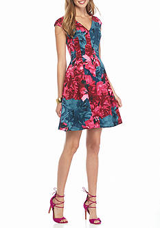 Maggy London Rose Printed Fit and Flare Dress