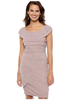 Maggy London Petite Sleeveless Tiered Dress