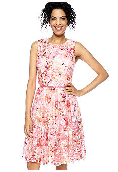 Maggy London Sleeveless Floral Lace Party Dress