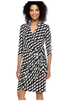 Maggy London Three-Quarter Sleeved Printed Wrap Dress