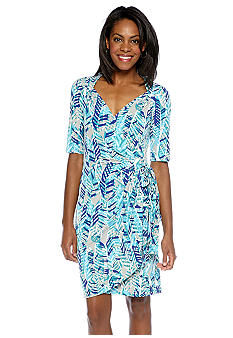 Maggy London Elbow-Sleeved Printed Wrap Dress