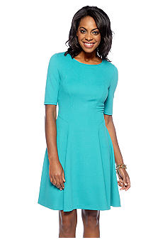 Maggy London Petite Elbow Sleeved Crepe A-Line Dress
