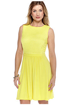 Gabby Skye Sleeveless Knit Dress