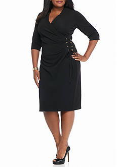 Gabby Skye Plus Size Textured Knit Side Tie Sheath Dress