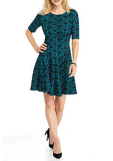 Gabby Skye Printed Fit and Flare Dress