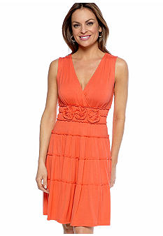 Sangria Petite Sleeveless Tiered Dress