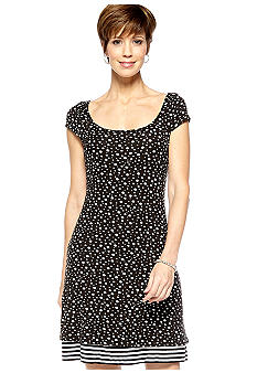 Sangria Petite Cap-Sleeved Reversible Shift Dress