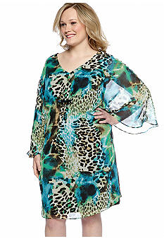 Connected Apparel Plus Size Bat Sleeved Printed Dress