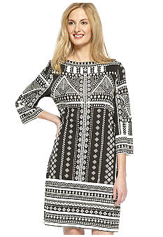 ECI New York Three-Quarter Sleeved Printed Shift Dress