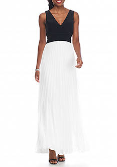 Xscape Colorblock Pleated Chiffon Gown