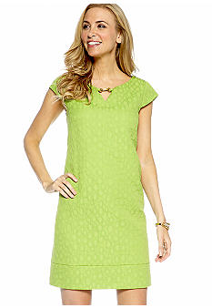 Jessica Howard Cap-Sleeved Jacquard Shift Dress