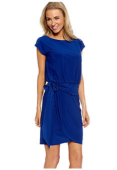 Jessica Howard Cap-Sleeved Peplum Dress