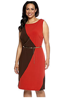 Sandra Darren Plus Size Sleeveless Colorblock Dress with Chain Belt