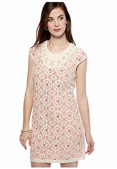 Sandra Darren Petite Allover Lace Shift Dress