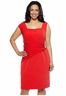 Sandra Darren Plus Size Sleeveless Side Ruching Dress