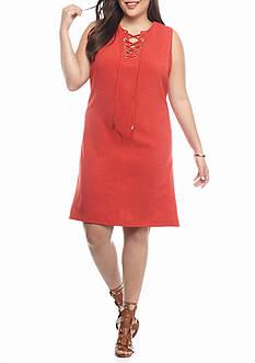 Sandra Darren Plus Size Lace Front Shift Dress