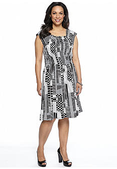 Chelsea Suite Plus Size Sleeveless Printed Dress
