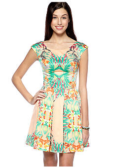 Fire Short Sleeve Tropical Print Dress