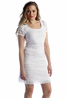 Chris McLaughlin Cap-Sleeve Allover Lace Shift Dress