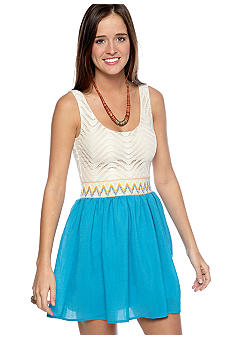 As U  Wish Sleeveless Crochet Top Smock