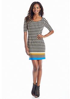 Jessica Simpson Houndstooth Printed Sheath Dress