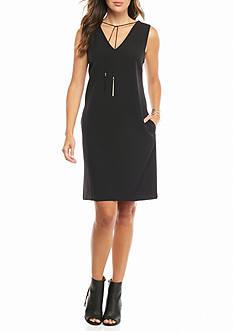 julia jordan V-Neck Shift Dress