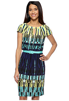 Madison Leigh Petite Graphic Print Dress