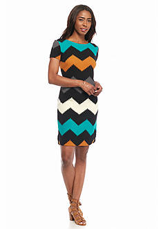 Robbie Bee Textured Knit Chevron Printed Shift Dress