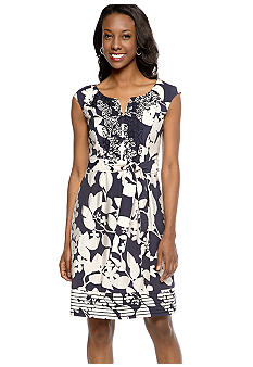 Adrianna Papell Cap-Sleeved Fit and Flare Printed Dress