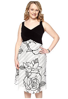Robbie Bee Plus size Sleeveless Empire Waist Dress