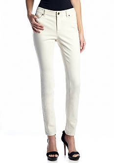 TWO by Vince Camuto Five Pocket Crop Jean