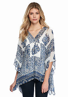 TWO by Vince Camuto Border Print V-Neck Poncho