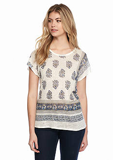 TWO by Vince Camuto Short Sleeve Border Print Tee