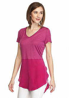 TWO by Vince Camuto Mix Media V-Neck Tunic