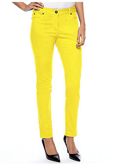 TWO by Vince Camuto 5 Pocket Jean