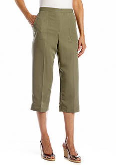 Alfred Dunner Call of The Wild Patch Pocket Capri