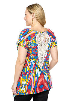 New Directions Weekend Plus Size Sharkbite Top with Crochet Back