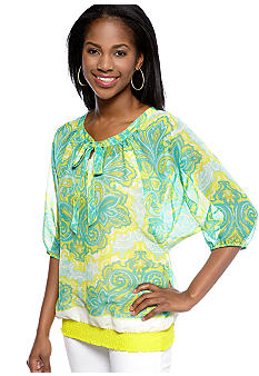 New Directions Weekend Petite Tie Front Printed Top