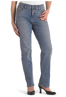 Levi's Petite Perfectly Slimming Straight Leg Jean