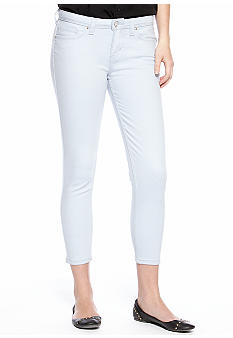 Levi's Cropped Notch Pocket Legging in Pale Blue
